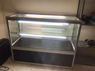 Glass Aluminium Display Cabinet (With Lights)
