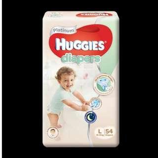 huggies platinum diapers  L (54 diapers)
