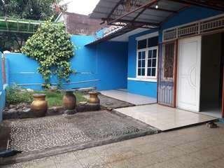 Disewakan rumah di Simprug Poris dekat stasiun Poris luas 150m2 4 kamar tdr