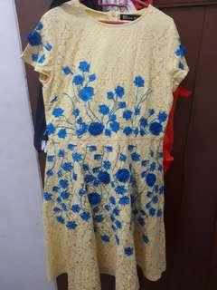 Flower Dress Brukat ukuran M