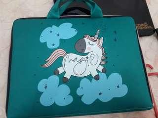 TAS LAPTOP UNICORN 16 INCH (GOOD CONDITION)