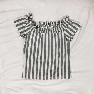 🚚 white and grey striped off-shoulder top