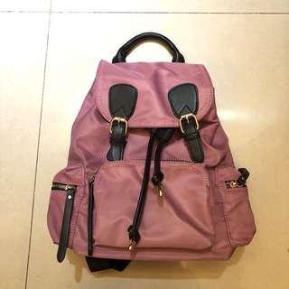 粉紫色 後背包
