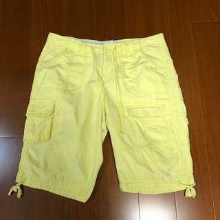 (Size M) Calvin Klein 黃色休閒短褲