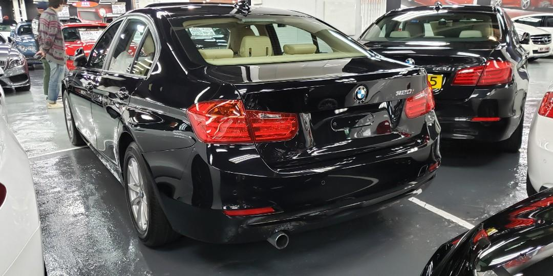 2012 BMW 320IA