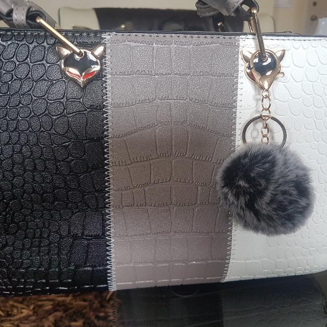 Brandnew Hand Bag, Synthetic Leather ( Crocodile Skin)