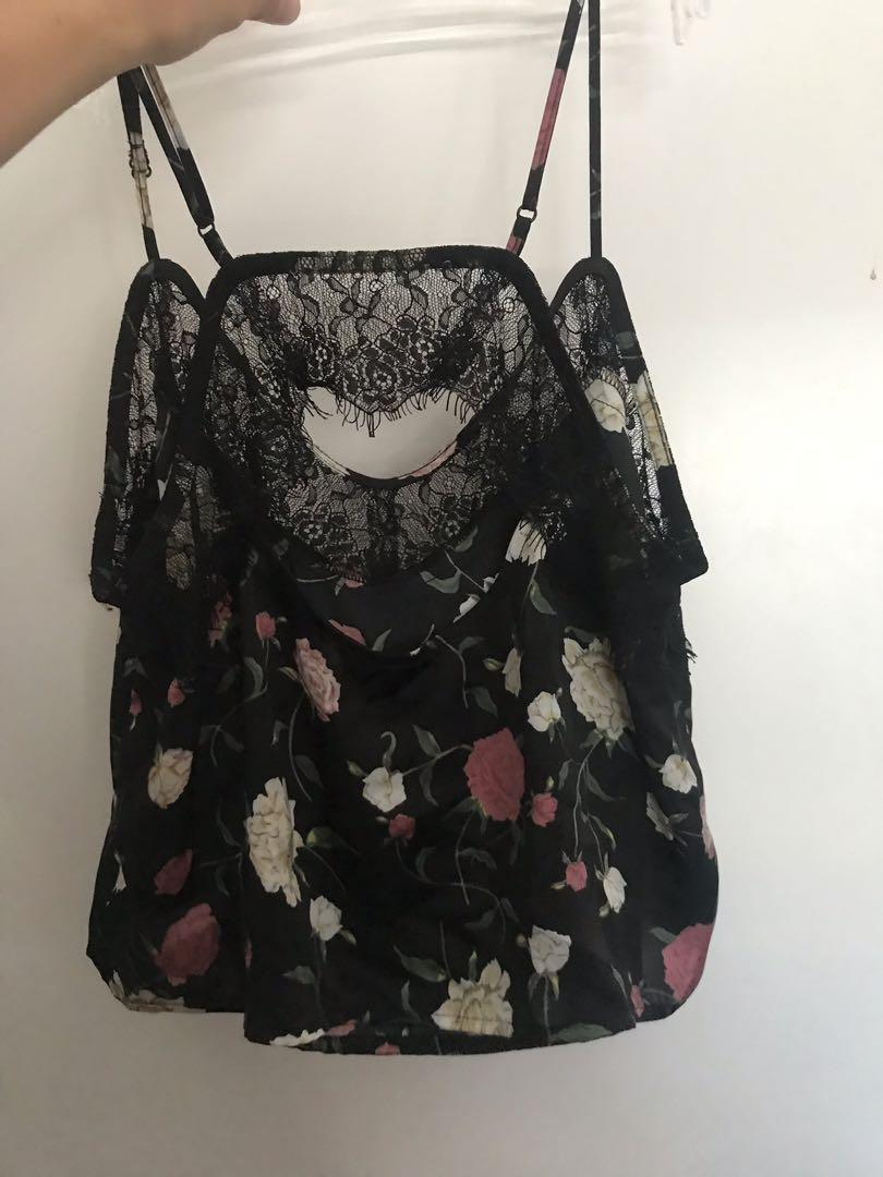 FLOWER LACE CAMI SIZE MEDIUM