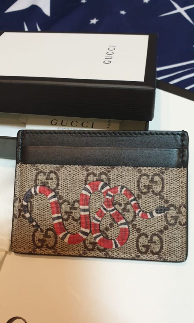 61c9a56edd51 gucci card holder, Luxury, Bags & Wallets, Wallets on Carousell