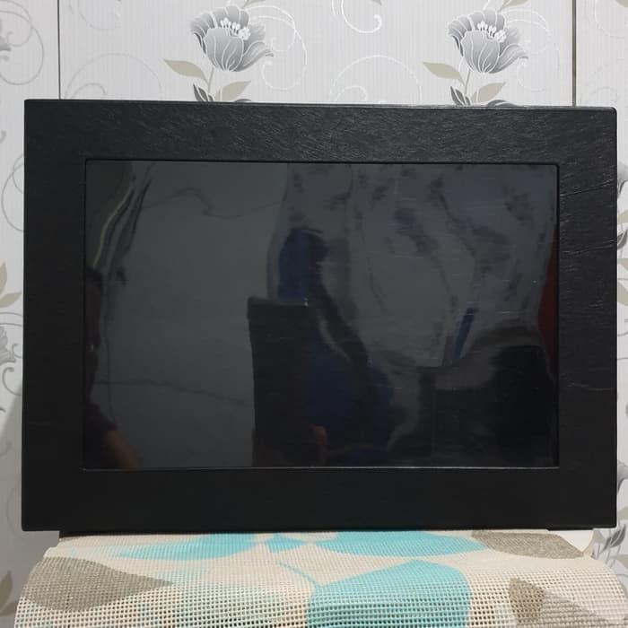 Kotak Kado/Gift Box Exclusive Emboss Mika Hitam Rambut
