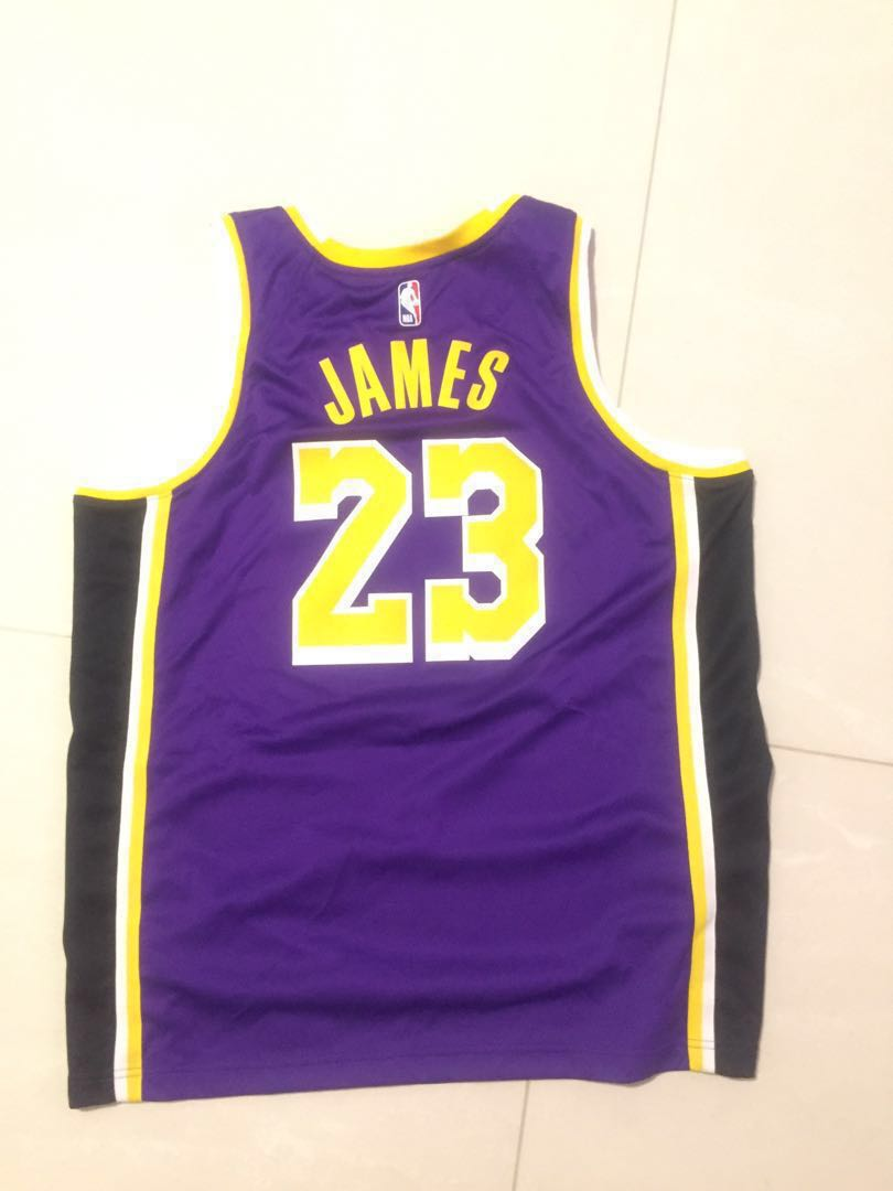 finest selection 47005 72cfa Lebron james XL jersey(lowest price i offer 80$)
