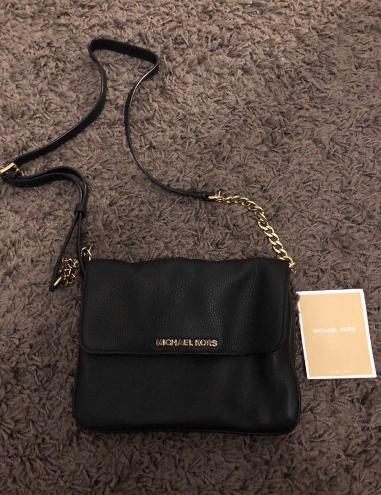 89e9d9279861 Michael Kors Sling Bag, Luxury, Bags & Wallets, Sling Bags on Carousell