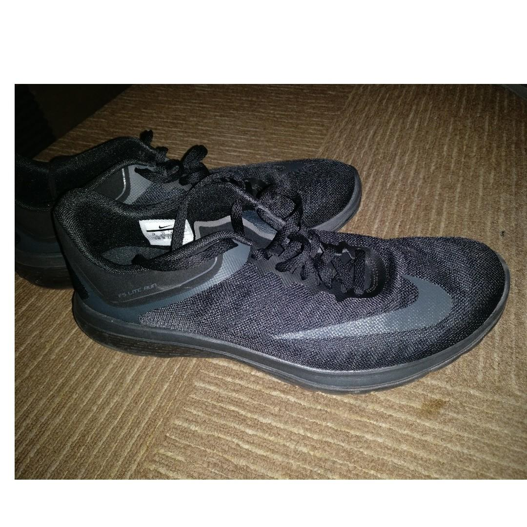 sports shoes 73e35 ca624 Nike FS Lite Run 4 (black) (US size 12), Sports, Sports ...
