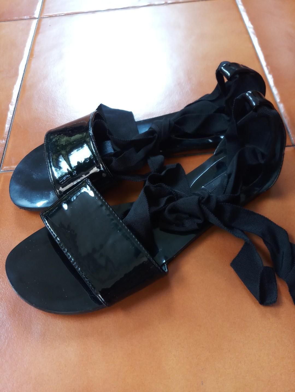 Sandal tali lace up