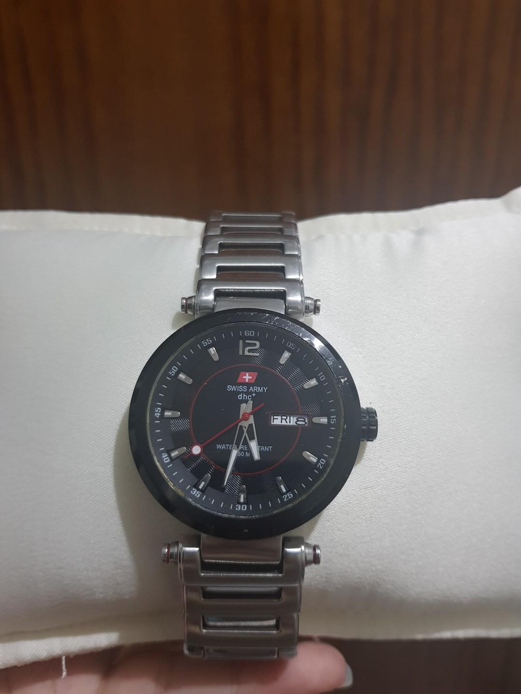 Swiss Army Watch (Authentic)
