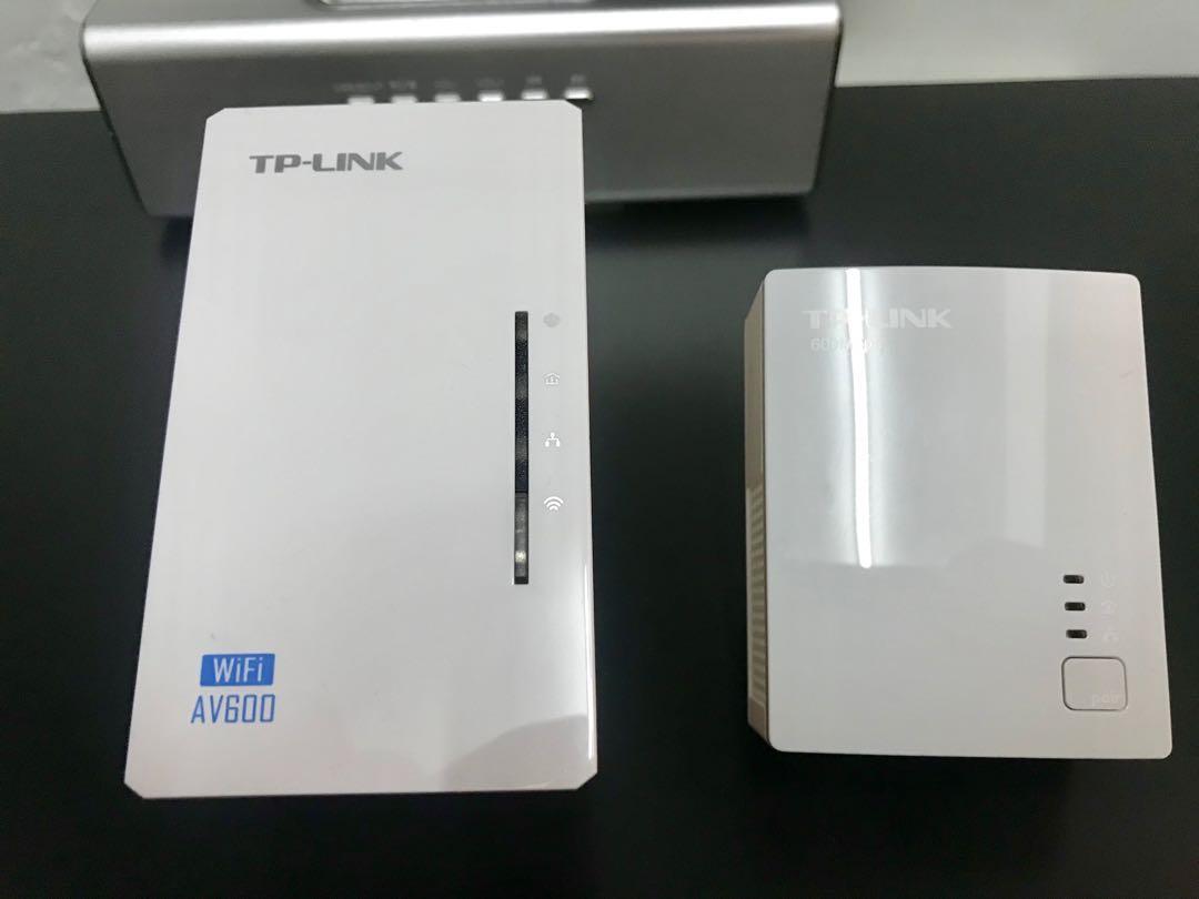 TP-LINK AV600 Powerline WiFi kit TL WPA4220 kit