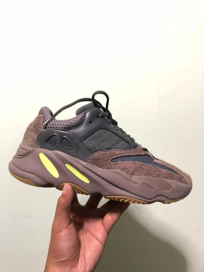 new arrival fe605 55b10 Yeezy 700 mauve, Men's Fashion, Footwear, Sneakers on Carousell