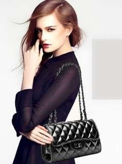 CLUTCH SLING BAG