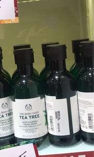 The Body Shop Tea Tree Cleansing Facial Wash