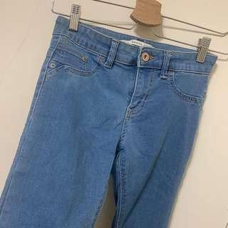 Bershka淺藍高腰牛仔褲 窄褲 貼腿褲 彈性貼身褲