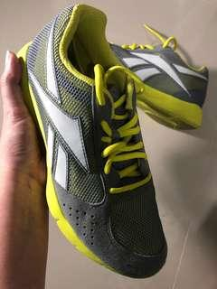 Running Shoes Yellow Tone Size 38,5 (24,5 cm)