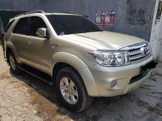 MOBIL TOYOTA FORTUNER G Lux AT 2.7