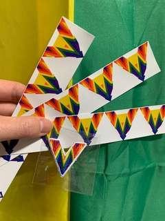 🚚 平權信物V徽章和貼紙 彩虹V