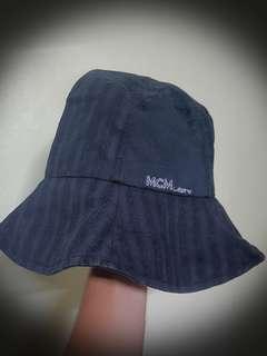MCM Legere Bucket Hat