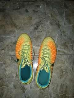 Sepatu futsal nike magista original