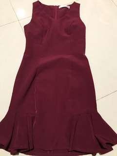 🚚 Love and Bravery Maroon Dress