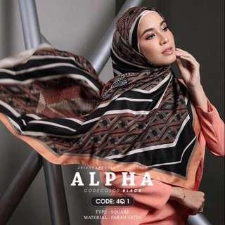 (RESERVED) Ariani Alpha Square Scarf