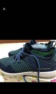 Hush puppies sneakers