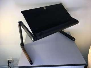 LapDawg Laptop Table