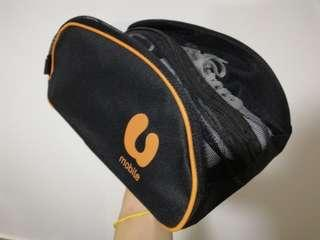 Shoe bag with classic design