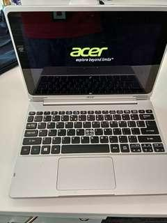 Acer aspire 10 [charger and keyboard]