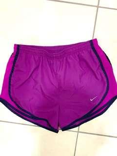 🚚 Nike超衝擊運動短褲