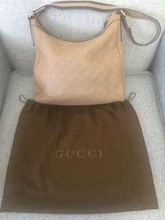 Gucci beige bag (Guccissima)