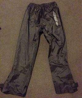Waterproof riding pants