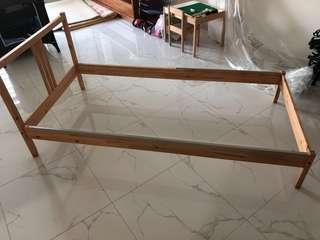 🚚 IKEA SINGLE WOODEN BED FRAME