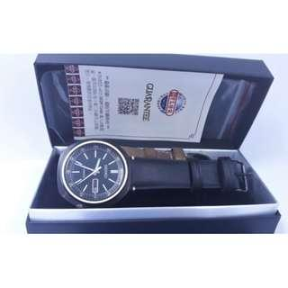 SEIKO精工自動上鍊錶,附原廠說明書,保卡,寶島購買證明,吊牌,盒子