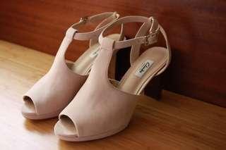 全新clarks 木紋跟粉藕色魚口涼鞋 高跟 麂皮踝帶 超顯白