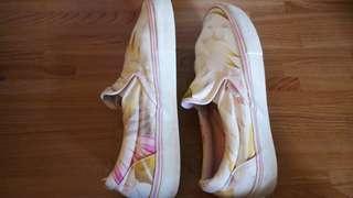 Vans shoes size 9 Us