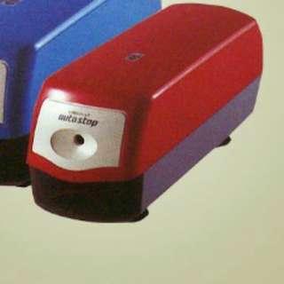 三菱Uni 電動鉛筆刨 (KE-40) 紅色