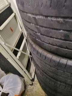 Honda civic Tyre with rim Can nego  205 55 r 16
