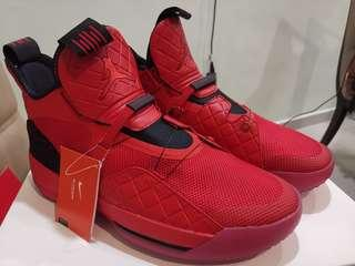 AIR JORDAN XXXIII PF (University Red)
