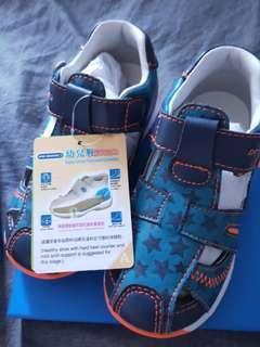 🚚 Toddler Sandal Dr Kong Size 25 #EndgameYourExcess
