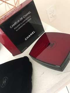 Chanel Camelia Highligter