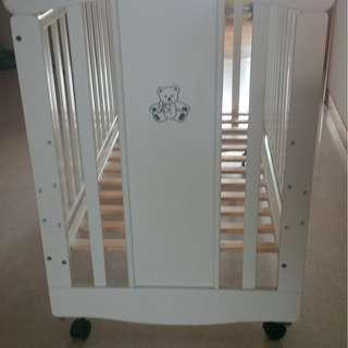 """""""Mama Love"""" Baby Cot and Toddler Bed"""