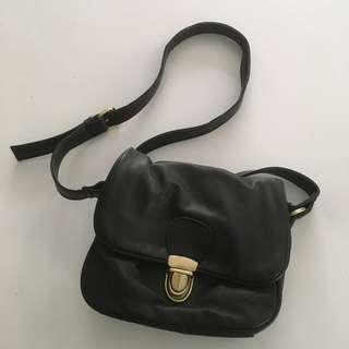 Black Shoulder/Cross Body Bag