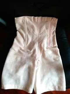 New Japan Wacoal functional underwear 日本製 華歌爾 收腹褲 塑身褲 束褲 束腹 收肚腩 收緊肌肉 美臀 收腹 收線條 內衣 內褲