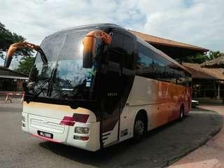 Sewa bas